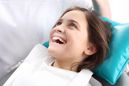 Lecenje mlecnih zuba, sprecavanje karijesa, zalivanje fisura